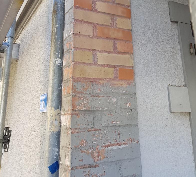 Ziegelstein-Sandstrahlen-Farbe-entfernen